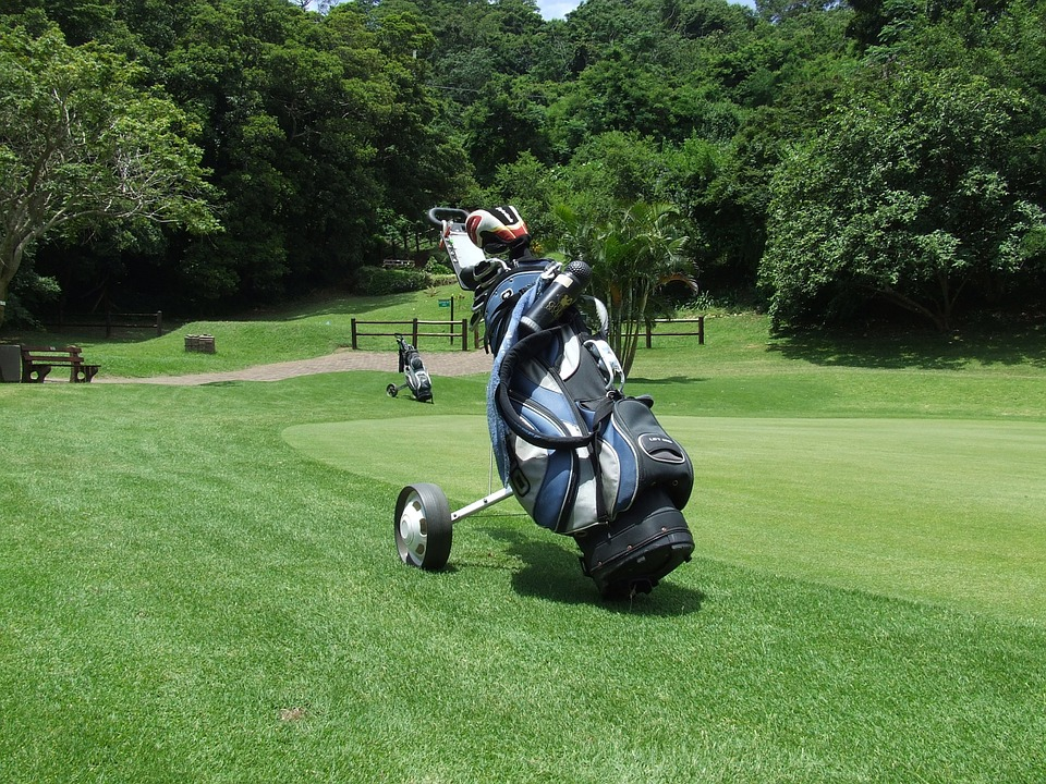 Die besten Golfbags im Vergleich – Golftaschen günstig kaufen.